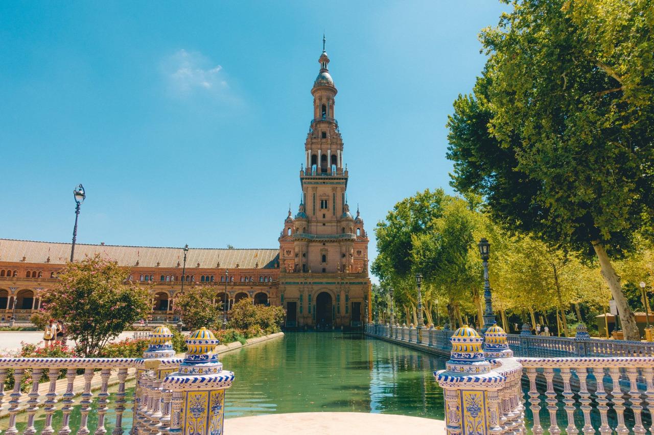 Sevilla vanaf Eindhoven